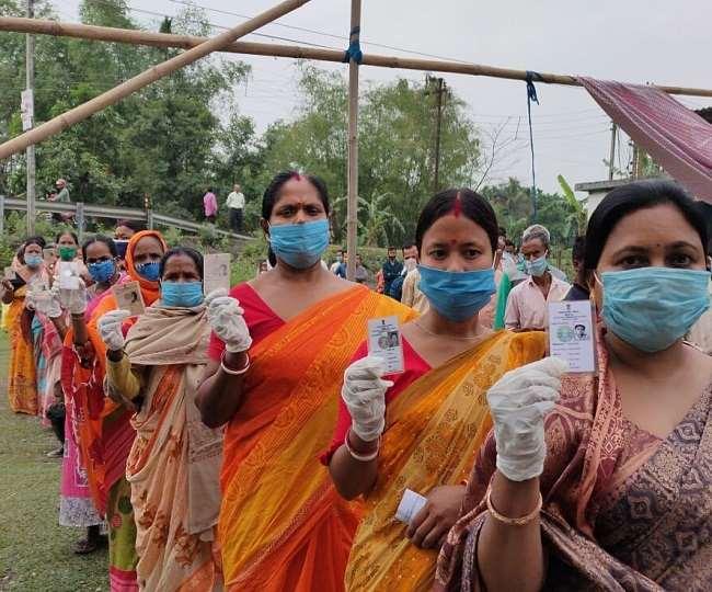 पश्चिम बंगाल निर्वाचन : दार्जिलिङसहित ६ जिल्लामा आज मतदान हुँदै