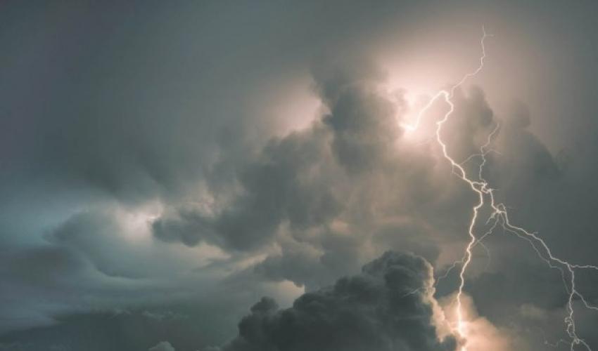 मौसम : स्थानीय वायुको प्रभाव कायमै, तीन दिनसम्म चट्याङ र हुरीसहित वर्षा
