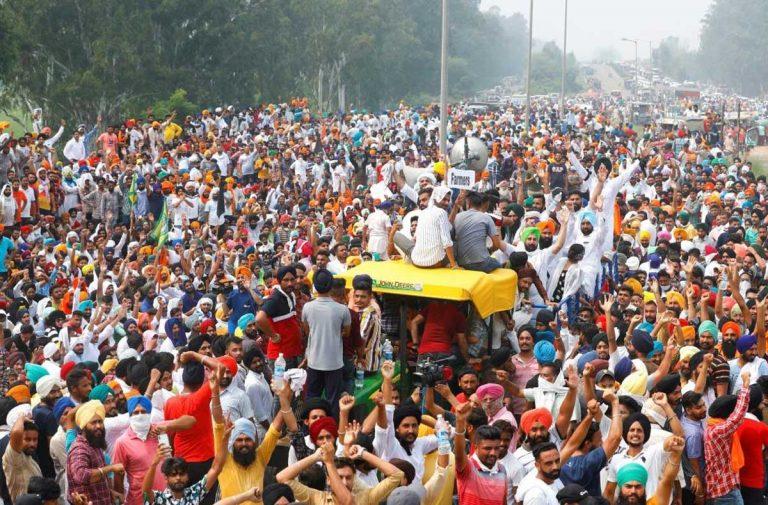 भारतमा किसान आन्दोलन : संसद भवन घेराउ गर्दै विरोध प्रदर्शन