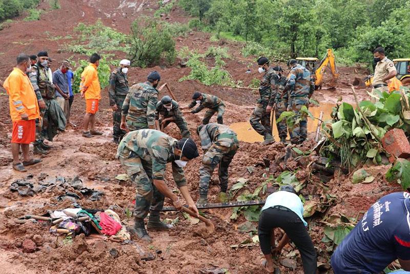 भारतको महाराष्ट्रमा बाढी पहिरोबाट ११२ जनाको मृत्यु, ९९ बेपत्ता