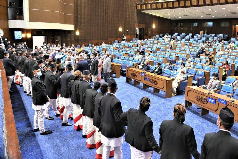 प्रतिनिधिसभा बैठक : बजेट पारित गर्ने सरकारको तयारी